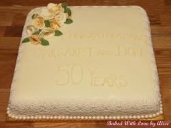 golden-anniversary-cake