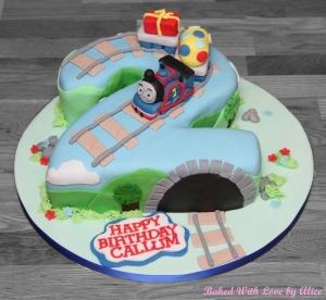 thomas-the-tank-engine-cake