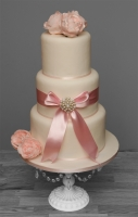 pink ribbon wedding cake.jpg