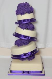 wonky-wedding-cake